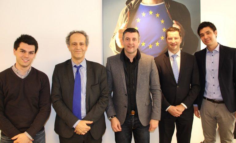 #SEC-Normen - Gespräch mit dem Berater von EU-Kommissarin Marianne Thyssen sowie dem Referatsleiter von EUROSTAT zum Thema SEC-Normen. Gerade weil 40 Prozent aller Investitionen in Belgien auf lokaler Ebene initiiert werden, muss der bedeutenden Rolle der Kommunen und der von ihnen angewandten Haushaltsführung Rechnung getragen werden.