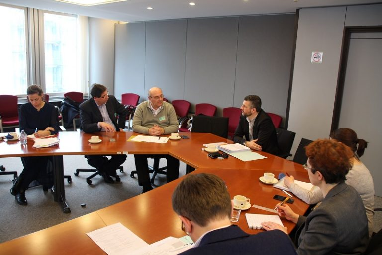 """""""Qualitätsjournalismus gibt es nicht zum Nulltarif"""" - Arbeitsgespräch mit belgischen Verlegern und Presse-Vertretern in Brüssel. Hintergrund ist die Reform des Urheberrechts, für die ich mich als Verhandlungsführer im Ausschuss für Binnenmarkt und Verbraucherschutz mitverantwortlich zeichne."""