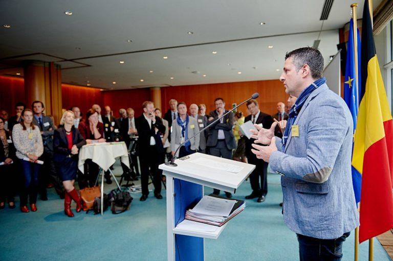 Besuch aller belgischen EU-Abgeordneten bei der belgischen FEB - der Fédération des Entreprises de Belgique. Ich habe dort die Prioritäten der belgischen EVP-Delegation vorgestellt. Uns geht es darum, die Wirtschaft in Europa und Belgien effizienter zu stimulieren, um wieder mehr neue Jobs in unserem Land zu ermöglichen.