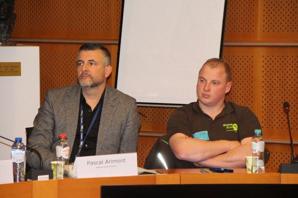 Anlass der Debatte war der Besuch der ostbelgischen Junglandwirte in Brüssel.