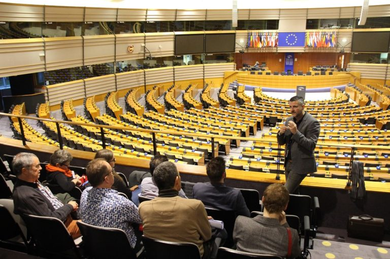 Besuch von Lokalmandataren aus den Gemeinden Kelmis, Eupen, Bütgenbach, Büllingen und Burg-Reuland im Europäischen Parlament in Brüssel